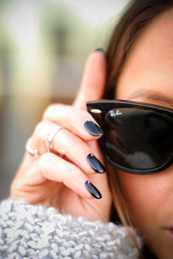 nail art black nails studs close up