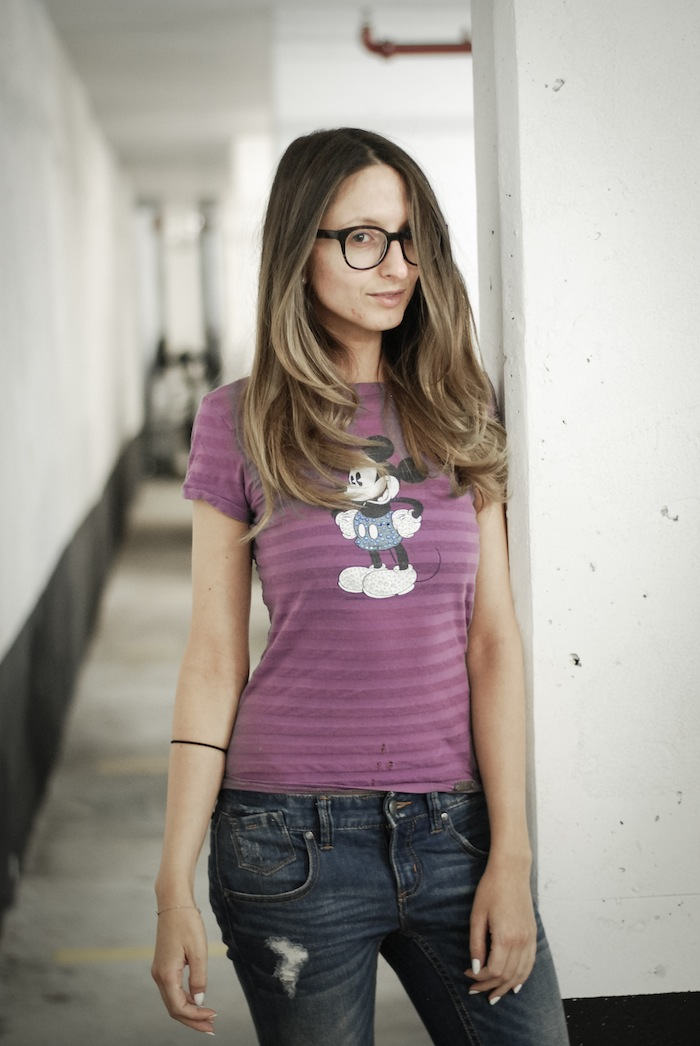mickey mouse t-shirt style