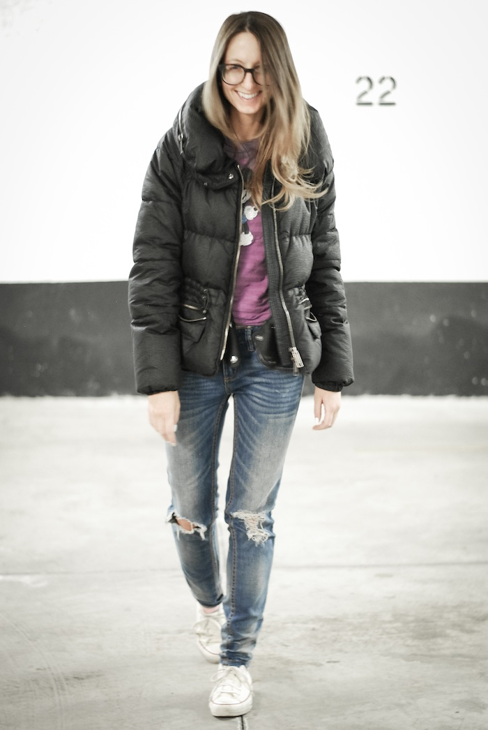 ripped jeans burberry jacket style blogger