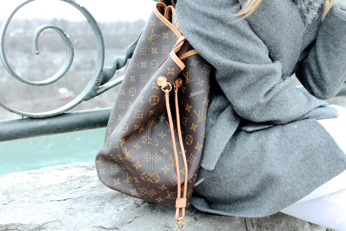louis vuitton neverfull grey alpaca coat sentaler voyage bag purse