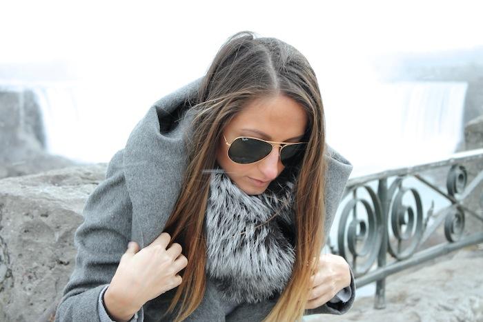 we wore what blogger fashion blog how to wear fur collar niagara falls