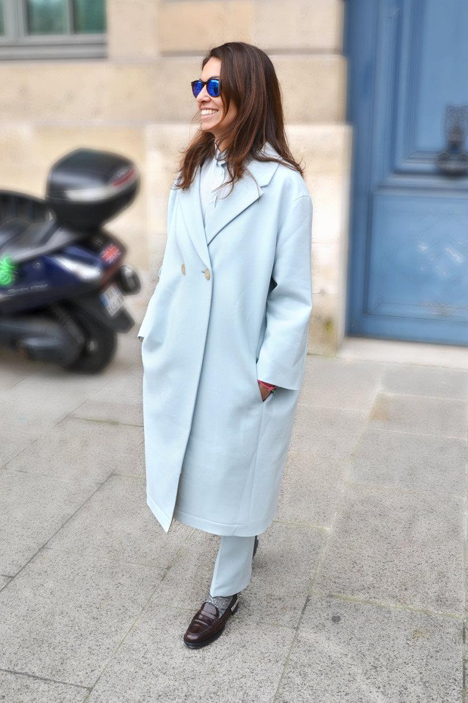 viviana volpicella blue coat street style