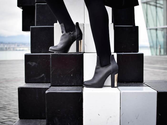 Justine Iaboni Jetset Justine All Black Style 18