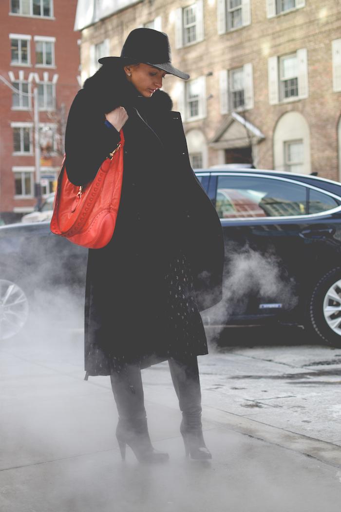 Justine Iaboni Gucci Style Hat Gucci Jackie Bag 03