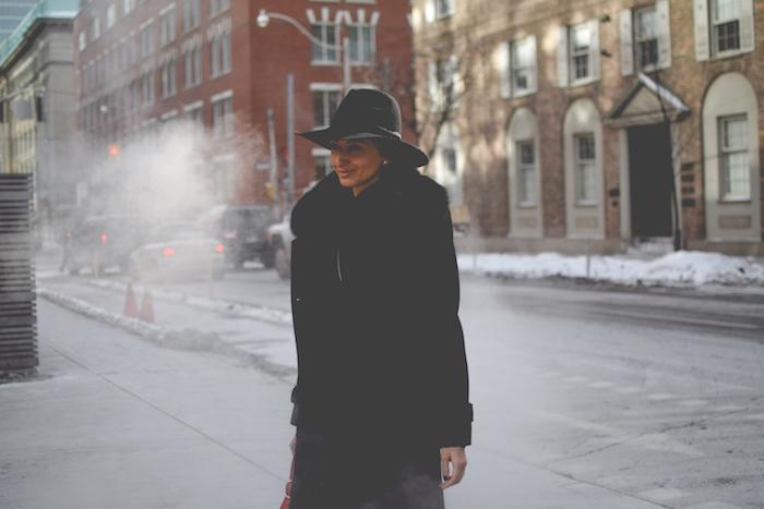 Justine Iaboni Gucci Style Hat Gucci Jackie Bag 06