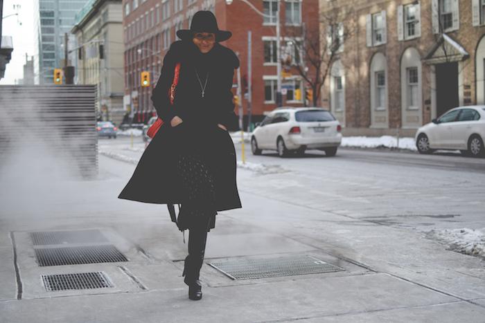 Justine Iaboni Gucci Style Hat Gucci Jackie Bag 10