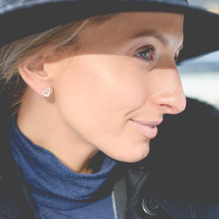 Justine Iaboni Gucci Style Hat Gucci Jackie Bag 16