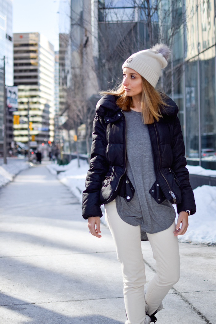 Sorel Boots Winter Outfit Style 11