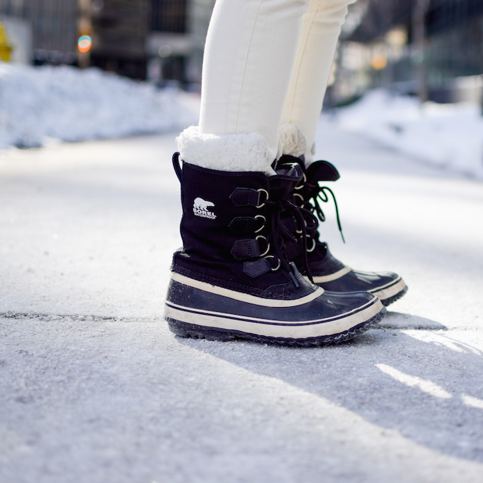 Sorel Boots Winter Outfit Style 17