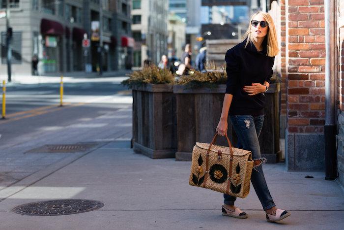 Justine Iaboni Style Straw Bag Ripped Jeans 02