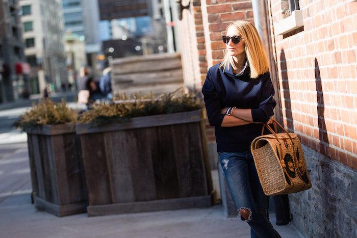 Justine Iaboni Style Straw Bag Ripped Jeans 03