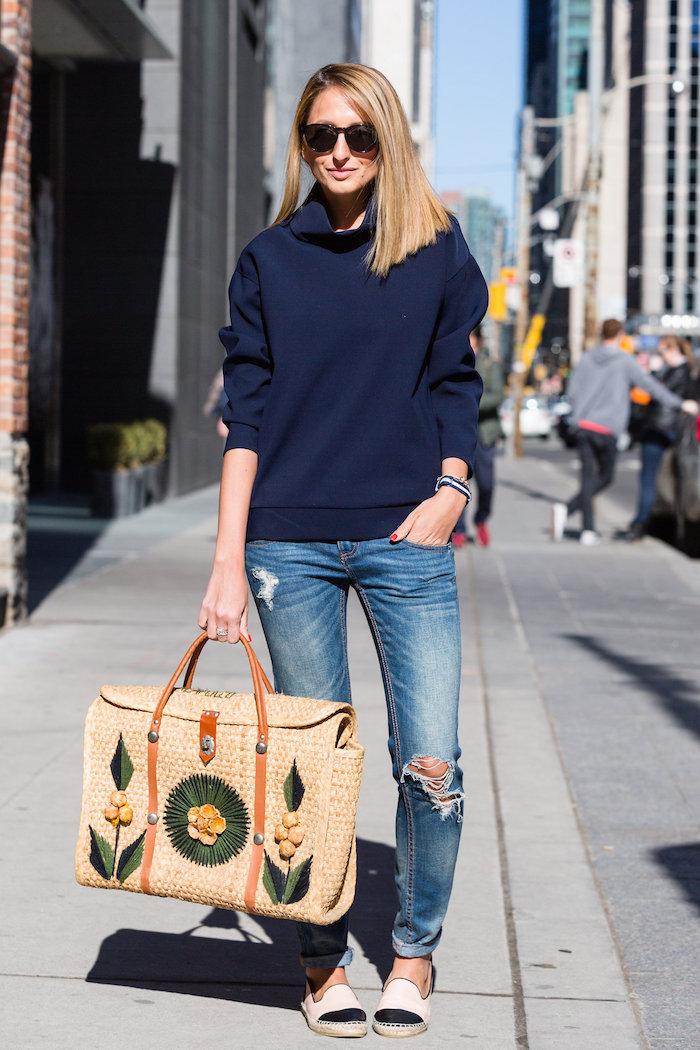 Justine Iaboni Style Straw Bag Ripped Jeans 09