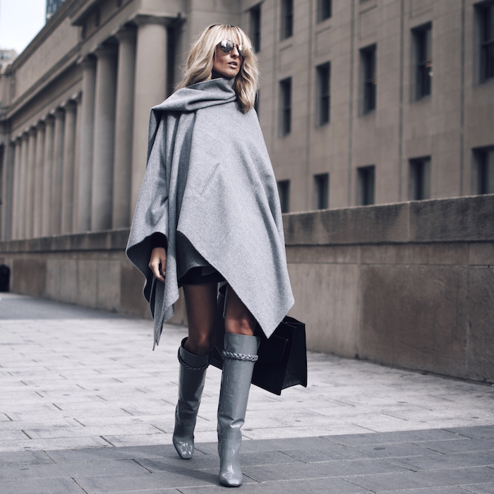 Justine Iaboni street style grey cape