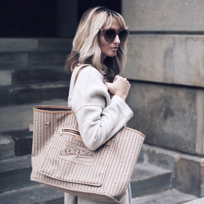 How to wear your Louis Vuitton Neverfull bag