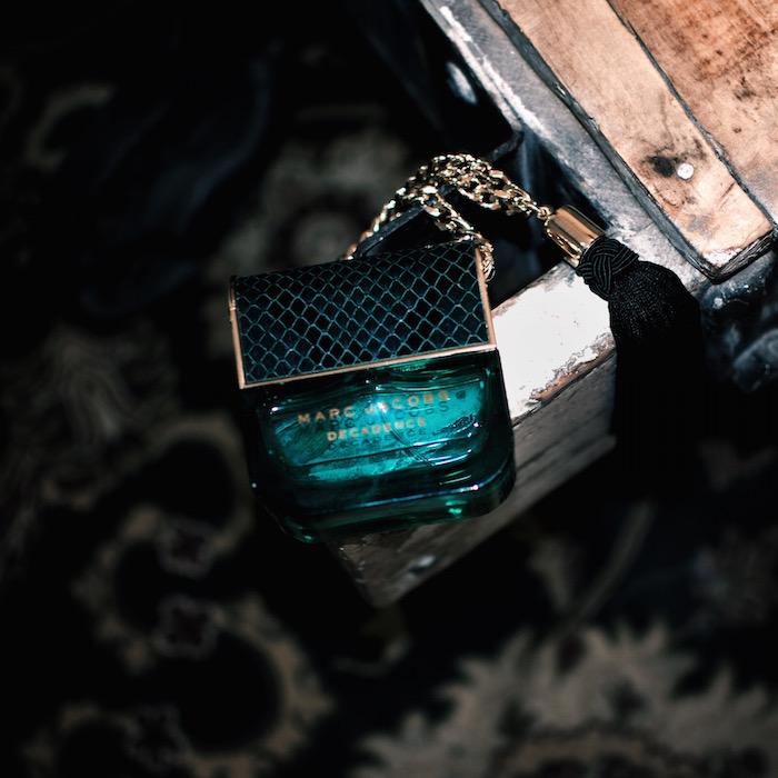 decadence parfum bottle green with fringe