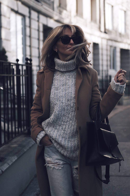 London Inspired Outfit Jetset Justine Iaboni 36