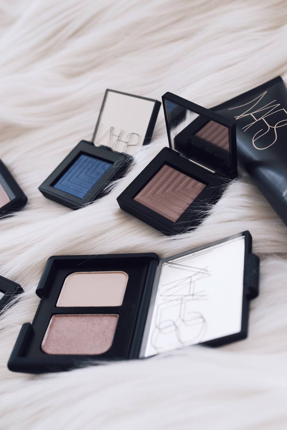 Nars makeup packaging