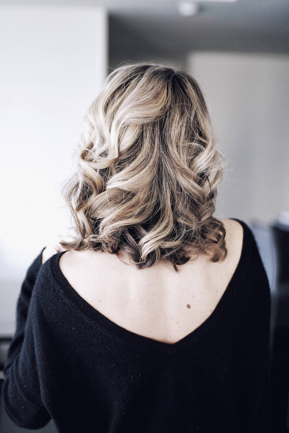 Hair Inspiration Blonde Balayage Curls 01