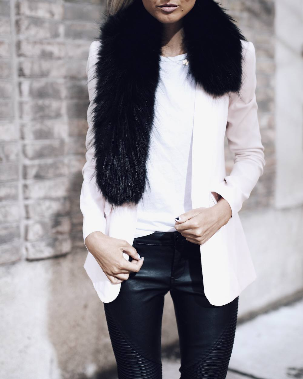 moto jeans outfit