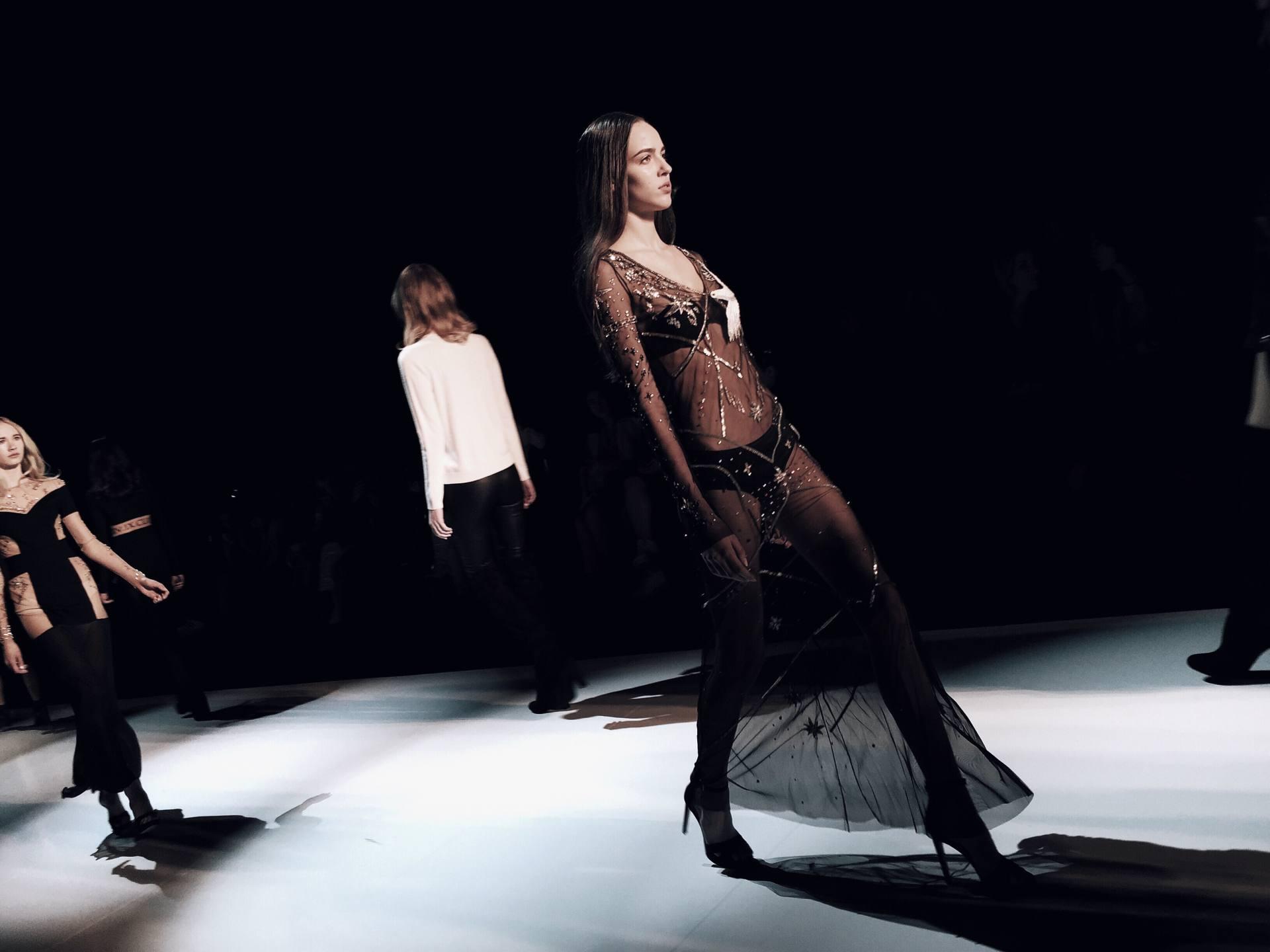 sexy runway dresses