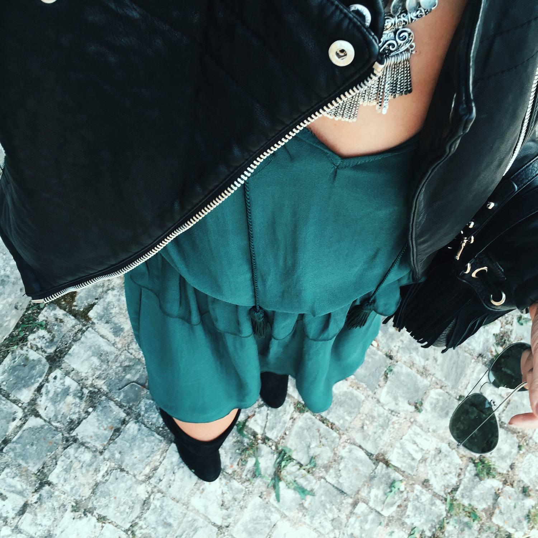 Black Biker Jacket outfit 14