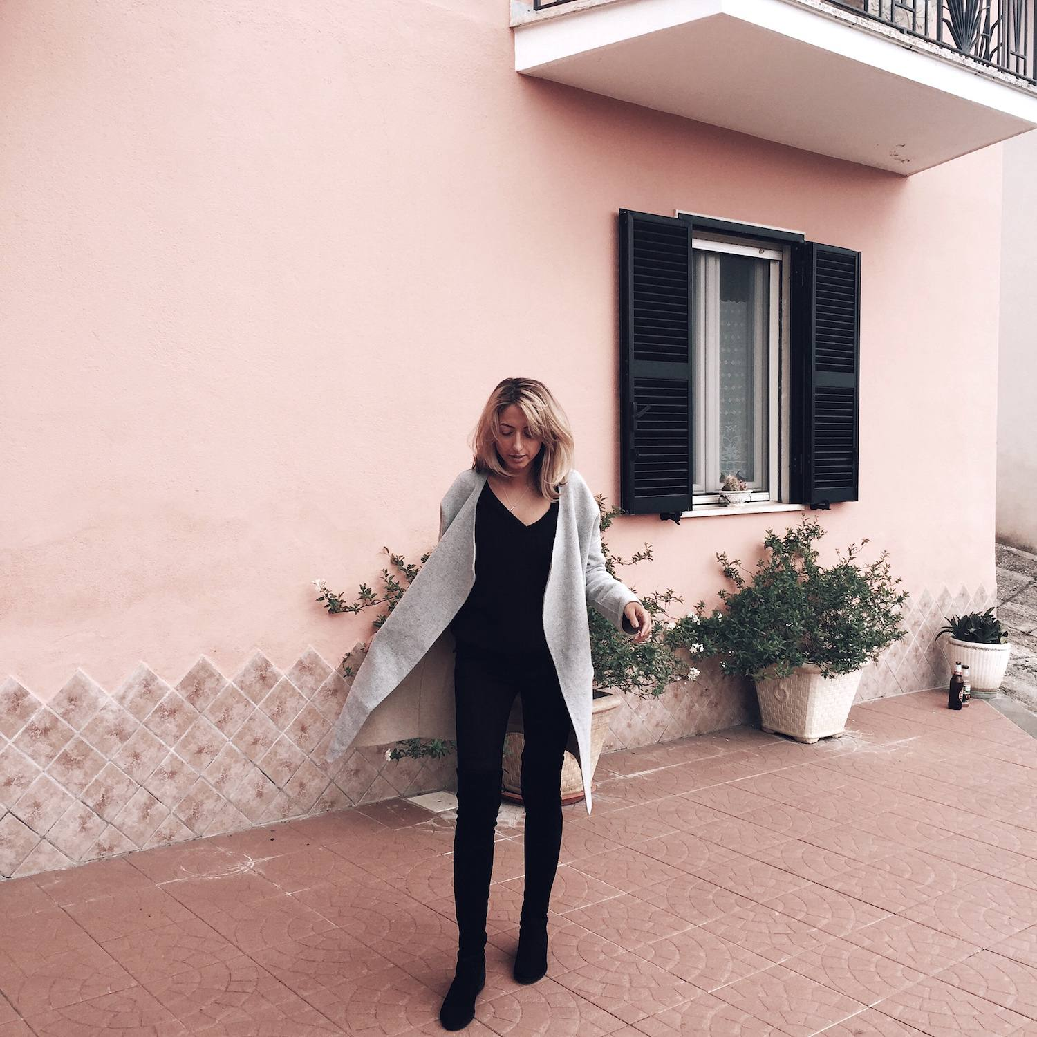pink outfit post