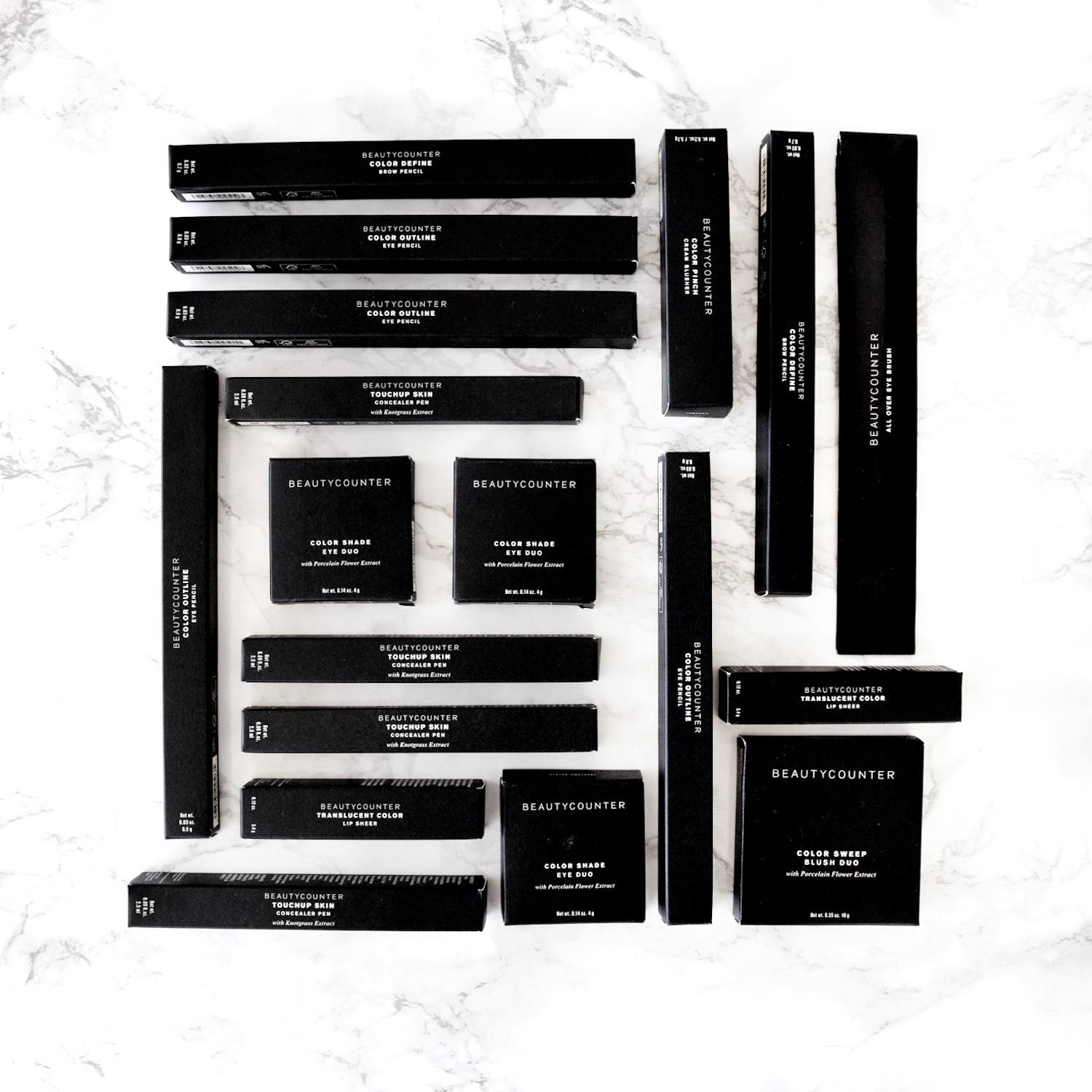black makeup boxes