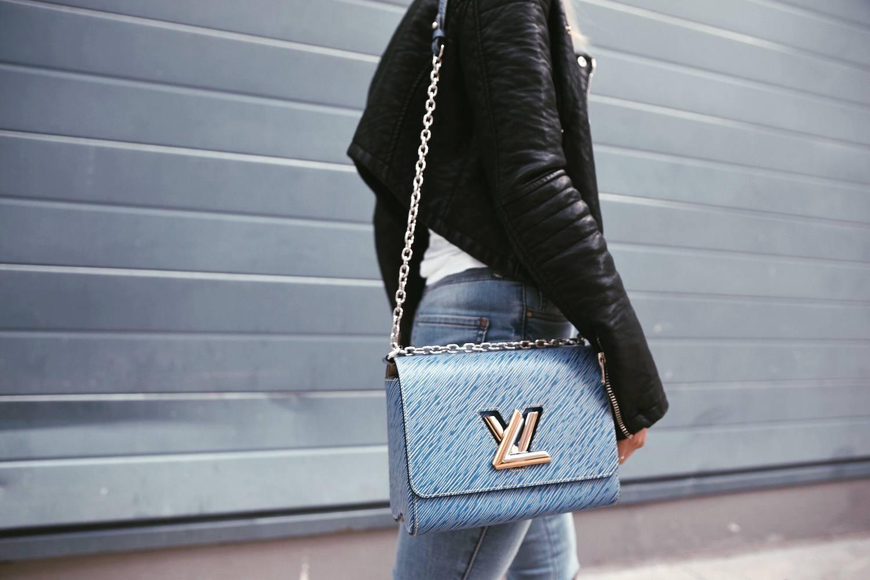 Louis Vuitton Twist Bag 26