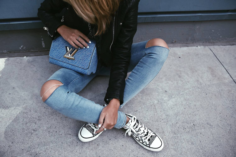 Louis Vuitton Twist Bag 30
