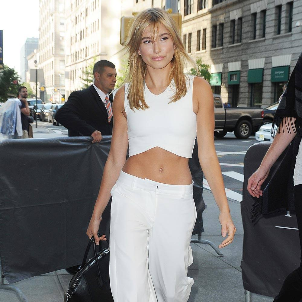 hailey-baldwin-look-of-the-day-18th-september-2015-rex-thumb.jpg
