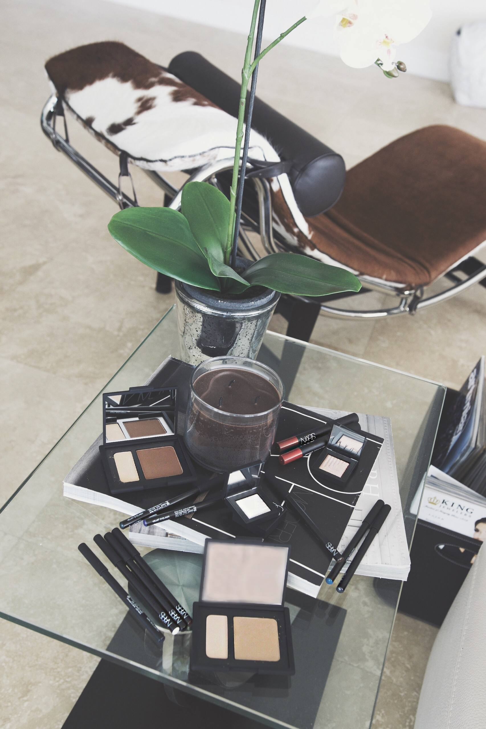 Nars makeup flatly