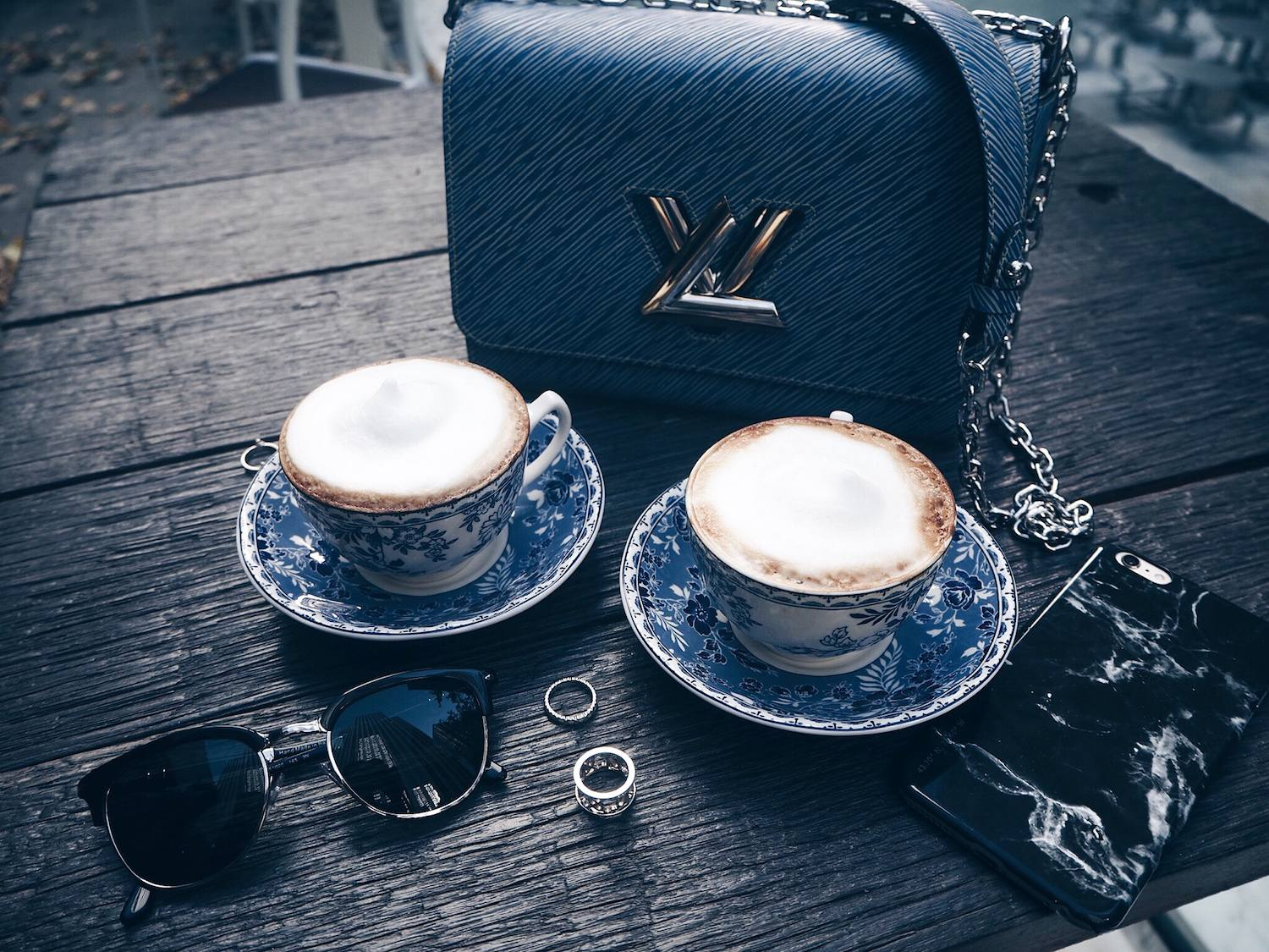 chic blue coffee cups