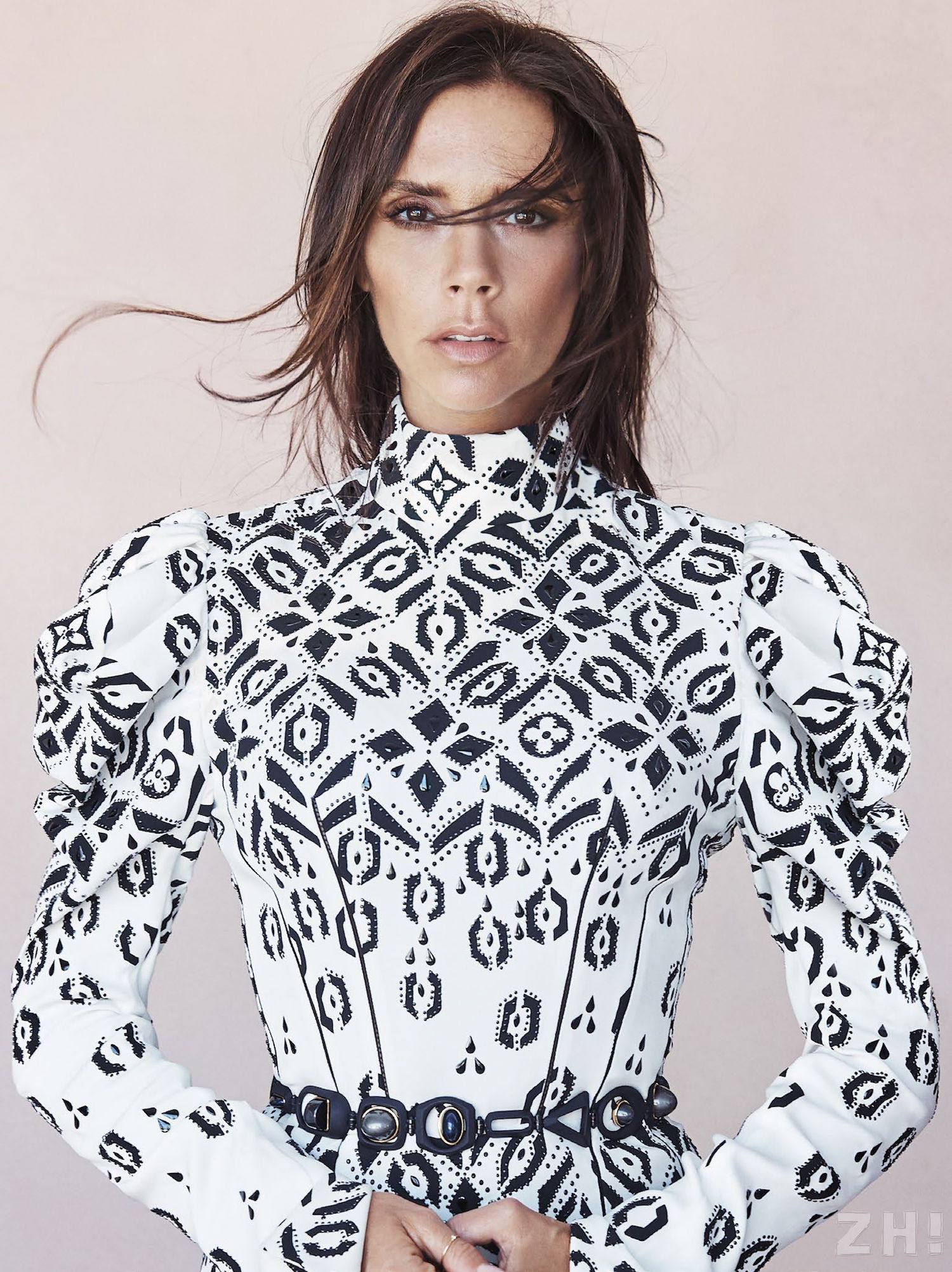 Jetset people victoria beckham justine for Victoria magazine low country style