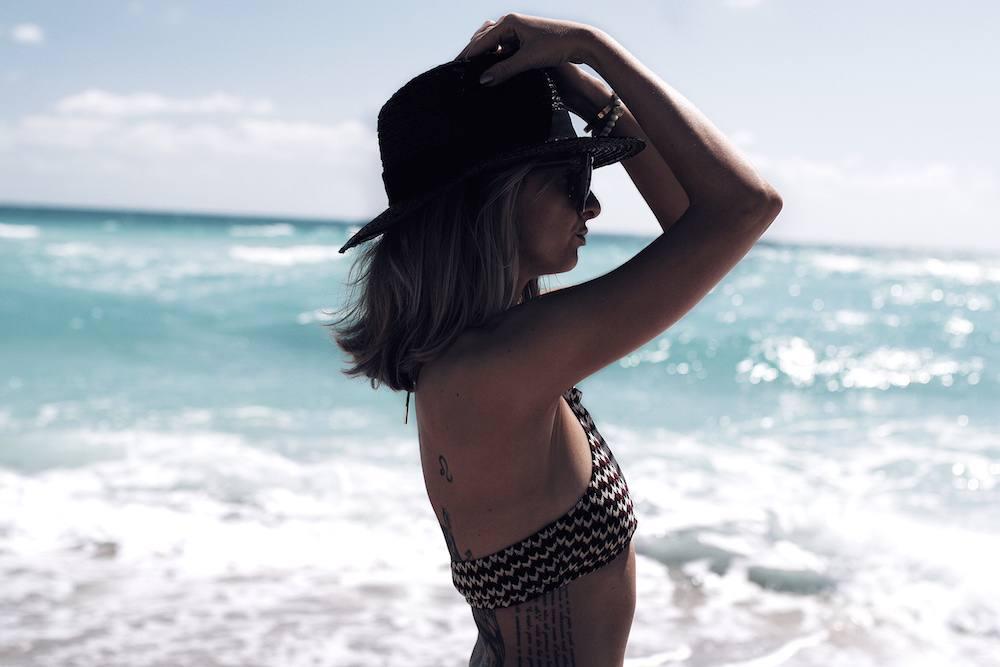How to Pose in a Bikini